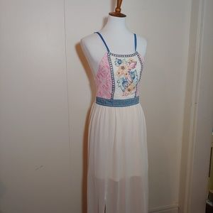 NWT Flying Tomato long embroideredered dress small